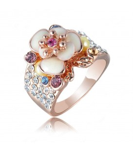 Blossoming Flower Ring
