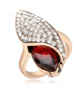 Glamour Crimson Ring