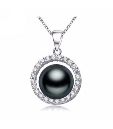 Stunning Black Pearl Necklace