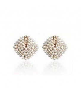 Pearl Cluster Studs